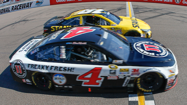 Chevy's Harvick Wins at Phoenix International Raceway